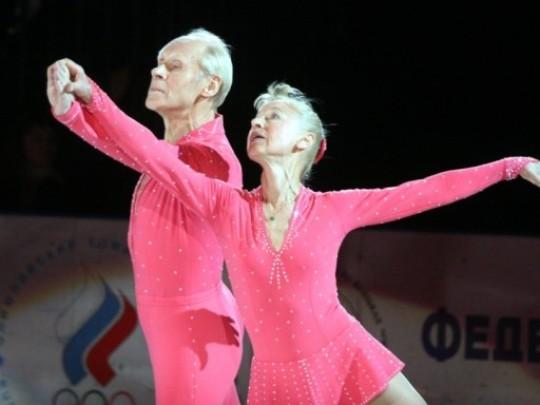 Ледовые шоу-5 - Страница 40 762766